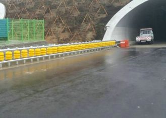 China Anti Crash Safety Roller Barrier Road Spinning Barrier Highway Guardrail supplier