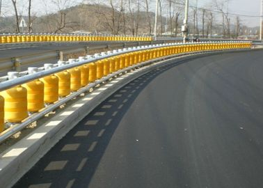 China Wear Resistant Safety Road Barrier , Anti - Impact Highway Roller Barrier factory