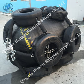 China High Safety Level Marine Rubber Fender Pneumatic Rubber Fenders For Floating And Shipping factory