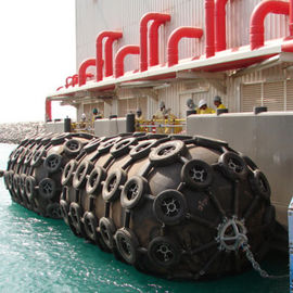 China Dock And Ship Floating Dock Fenders 80kpa / 50kpa With Corrosion Resistant factory